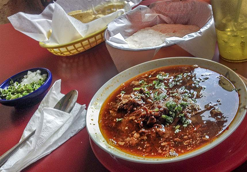 Mexican restaurant on broadway in toledo offers authentic for Autentica mexican cuisine