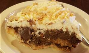 A-slice-of-Buckeye-Cream-Pie-at-the-Cinnamon-Stick