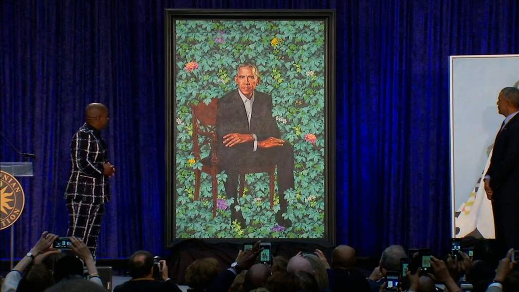 Barack-and-Michelle-Obama-Smithsonian-s-National-Portrait-Gallery